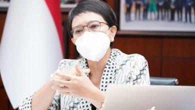 Photo of Menlu Retno Marsudi Sebut Batik Adalah Soft Power Diplomasi Indonesia